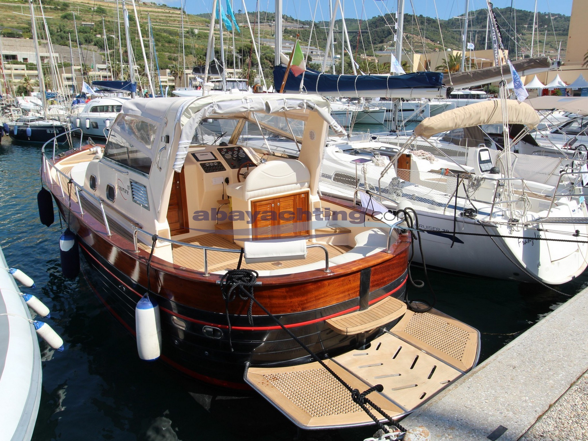 New arrival Apreamare Aprea 10 Semi Cabin