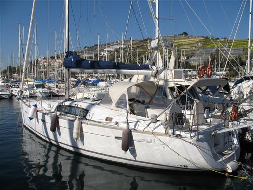 New arrival Beneteau Oceanis 43