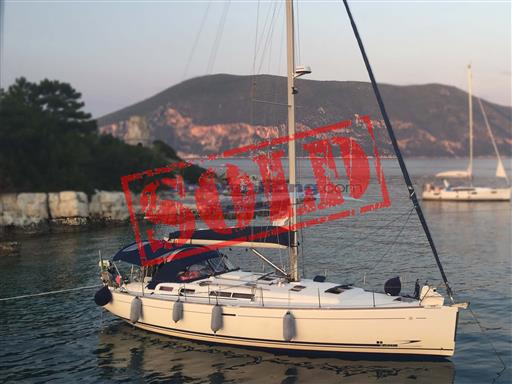 Dufour 455 sold