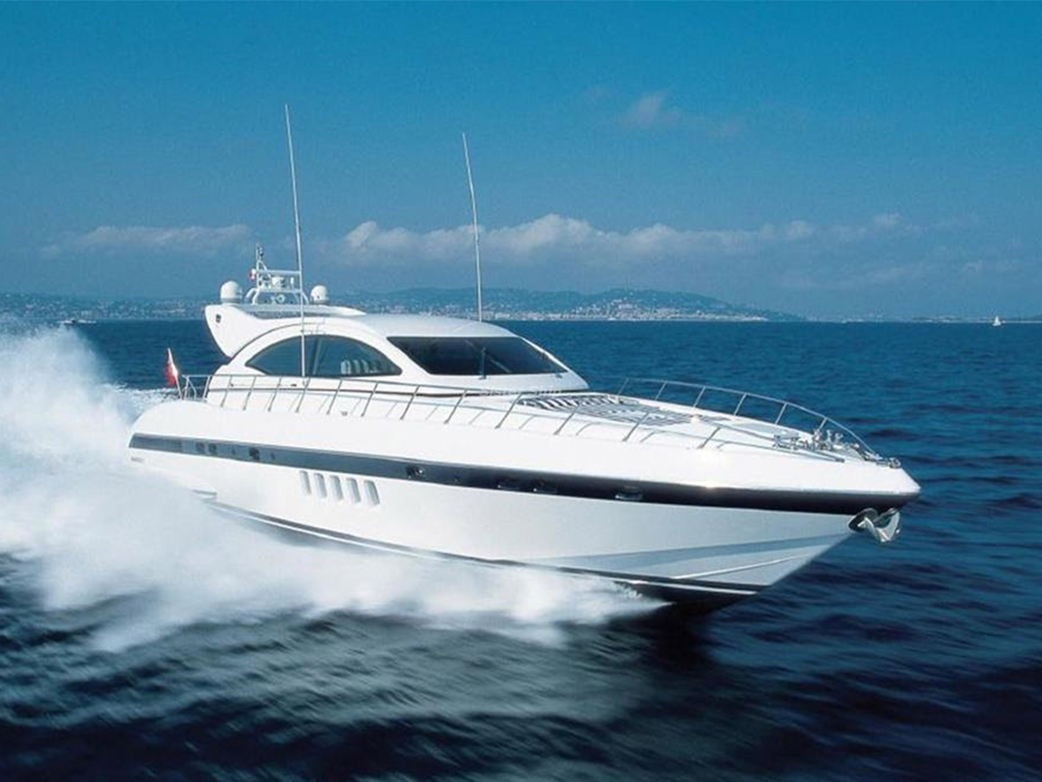 Price reduction Mangusta 72