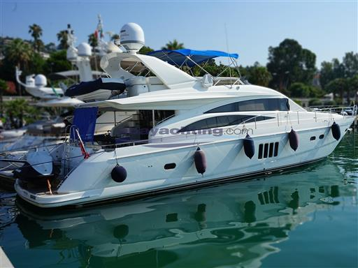 New arrival Pricess Yachts 67