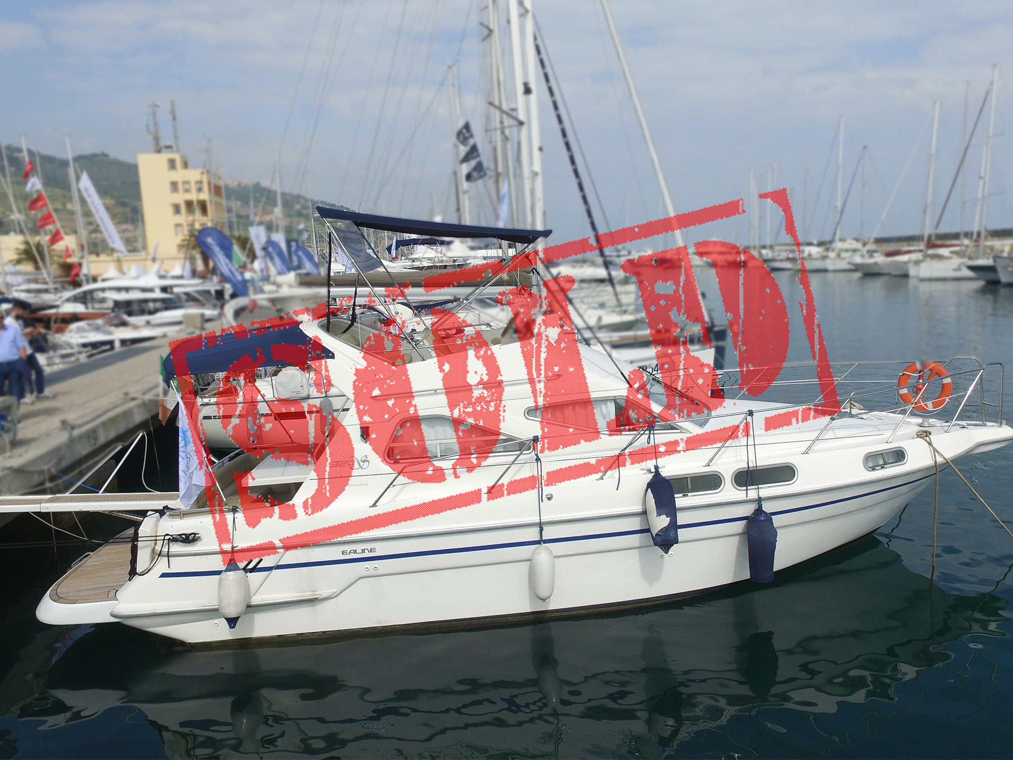 Sealine 320 Fly sold